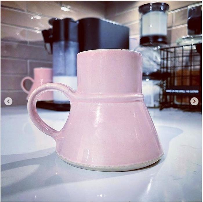 Kundenfoto-Raktajinotasse-pink-1-kleiner