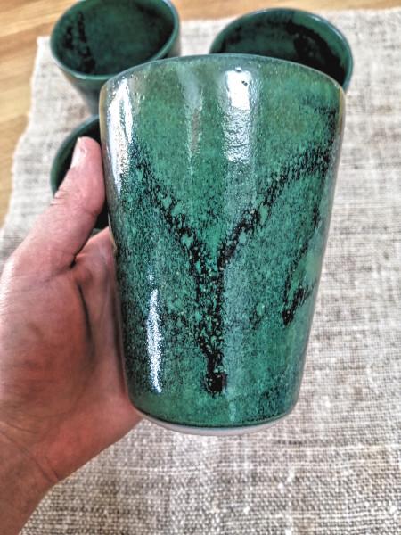 Becher magic green